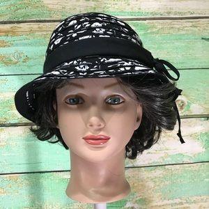 Chic women's summer beach sun hat black white bow